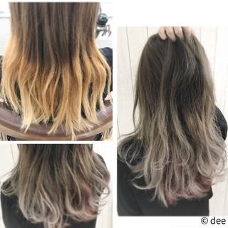 インナーカラー スモーキーカラー グラデーションカラー グレー ヘアスタイルや髪型の写真・画像
