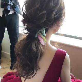 セミロング ゆるふわ アンニュイ ナチュラル ヘアスタイルや髪型の写真・画像
