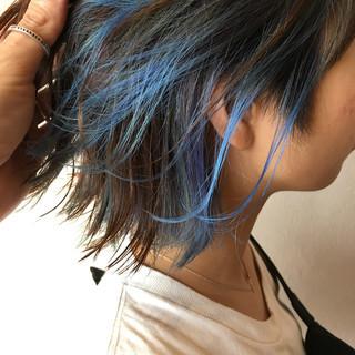 インナーブルー ブルーバイオレット インナーカラー ブルーアッシュ ヘアスタイルや髪型の写真・画像