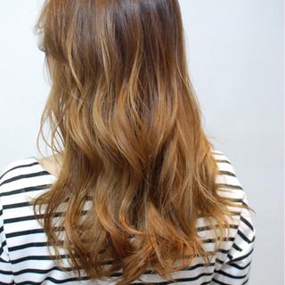 前髪あり ロング 外国人風 バレイヤージュ ヘアスタイルや髪型の写真・画像
