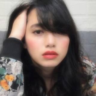 セミロング 外国人風 黒髪 ストリート ヘアスタイルや髪型の写真・画像