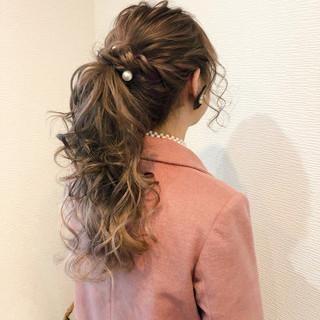 フェミニン ロング ブライダル ヘアセット ヘアスタイルや髪型の写真・画像