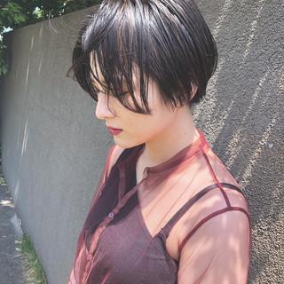 切りっぱなし ショート ハンサムショート ナチュラル ヘアスタイルや髪型の写真・画像