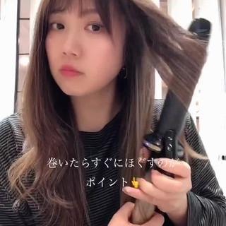 セルフヘアアレンジ ロング フェミニン 簡単ヘアアレンジ ヘアスタイルや髪型の写真・画像