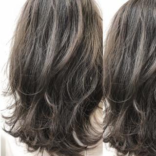 ブリーチ ストリート グラデーションカラー ミディアム ヘアスタイルや髪型の写真・画像