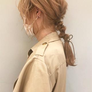 透明感 ミルクティー セミロング 抜け感 ヘアスタイルや髪型の写真・画像