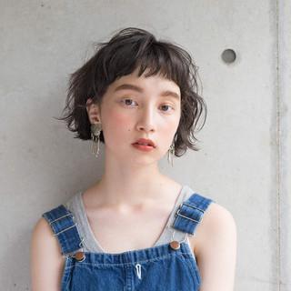 夏 涼しげ 小顔 似合わせ ヘアスタイルや髪型の写真・画像