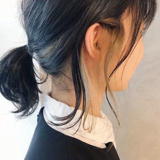 ミディアム デート ナチュラル インナーカラーグレージュ ヘアスタイルや髪型の写真・画像