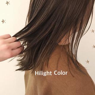 大人ハイライト セミロング ストレート ゆるナチュラル ヘアスタイルや髪型の写真・画像