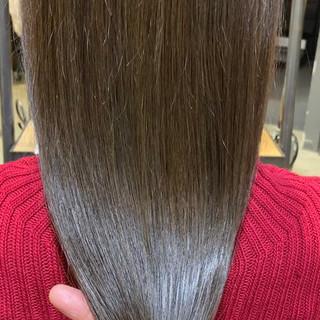oggiotto ミルクティー ミルクグレージュ 艶髪 ヘアスタイルや髪型の写真・画像