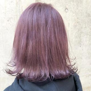 外国人風カラー バレイヤージュ ストリート ラベンダー ヘアスタイルや髪型の写真・画像