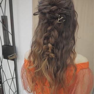 ロング ヘアアレンジ 編み込み ハーフアップ ヘアスタイルや髪型の写真・画像