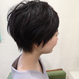 艶髪 ショート 大人かわいい 黒髪 ヘアスタイルや髪型の写真・画像