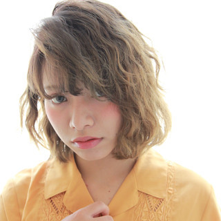 セミロング ピュア 前髪あり パーマ ヘアスタイルや髪型の写真・画像 ヘアスタイルや髪型の写真・画像