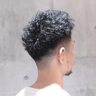 ストリート ショート 刈り上げ アウトドア ヘアスタイルや髪型の写真・画像