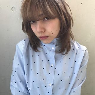 前髪あり ミディアム ウルフカット 色気 ヘアスタイルや髪型の写真・画像