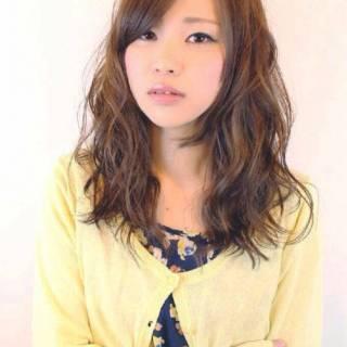 ミディアム ナチュラル モテ髪 ガーリー ヘアスタイルや髪型の写真・画像