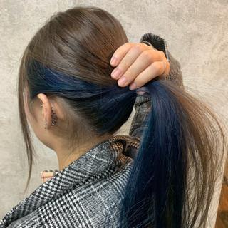 インナーカラー 冬 ロング モード ヘアスタイルや髪型の写真・画像