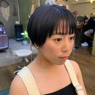 ナチュラル 小顔ショート ショートヘア ハンサムショート ヘアスタイルや髪型の写真・画像