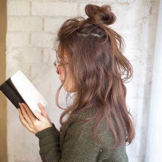 ショート メッシーバン 外国人風 簡単ヘアアレンジ ヘアスタイルや髪型の写真・画像