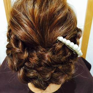 三つ編み 大人かわいい ナチュラル アップスタイル ヘアスタイルや髪型の写真・画像