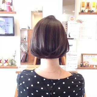 ボブ デート オフィス コンサバ ヘアスタイルや髪型の写真・画像