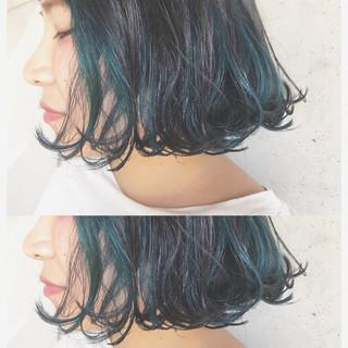 ボブ ストリート インナーカラー ダブルカラー ヘアスタイルや髪型の写真・画像