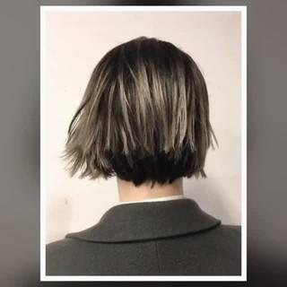 グラデーションカラー 大人女子 小顔 ハイライト ヘアスタイルや髪型の写真・画像