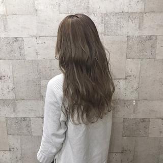 ブリーチ 外国人風カラー ハイトーン 外国人風 ヘアスタイルや髪型の写真・画像 ヘアスタイルや髪型の写真・画像