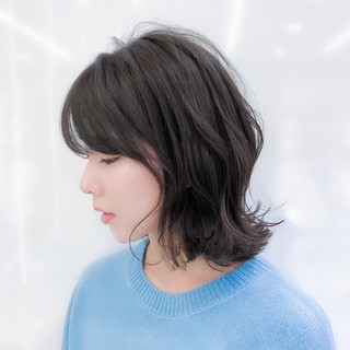 デート フェミニン レイヤー アンニュイほつれヘア ヘアスタイルや髪型の写真・画像