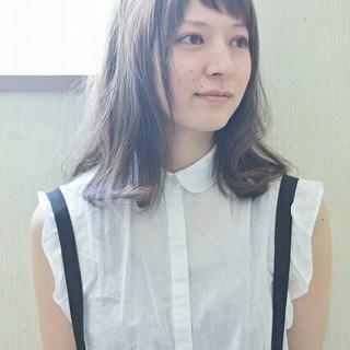 外国人風 前髪あり ハイライト ガーリー ヘアスタイルや髪型の写真・画像