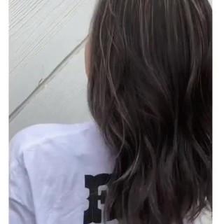 ナチュラル ロング 3Dハイライト 寒色 ヘアスタイルや髪型の写真・画像