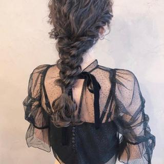 ロング ヘアアレンジ ガーリー アンニュイほつれヘア ヘアスタイルや髪型の写真・画像