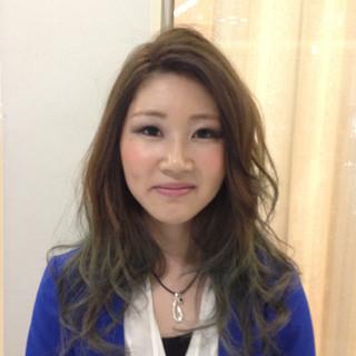グリーン ブルー ショート ロング ヘアスタイルや髪型の写真・画像