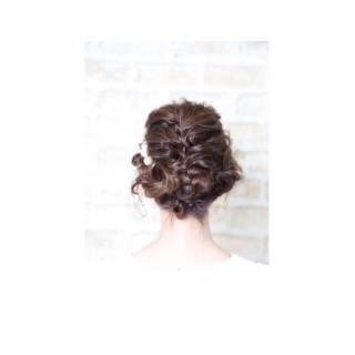 お団子 ヘアアレンジ 三つ編み ガーリー ヘアスタイルや髪型の写真・画像