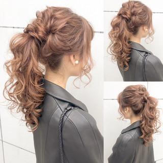 デート ロング 結婚式 ナチュラル ヘアスタイルや髪型の写真・画像 ヘアスタイルや髪型の写真・画像