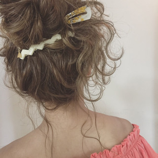 ガーリー 夏 ロング お団子 ヘアスタイルや髪型の写真・画像