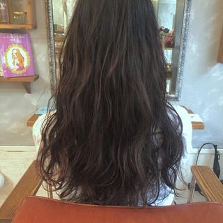 ナチュラル 暗髪 パーマ 大人女子 ヘアスタイルや髪型の写真・画像