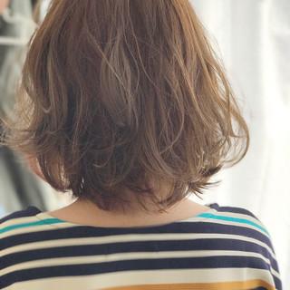 インナーカラー ハイトーン デート ボブ ヘアスタイルや髪型の写真・画像