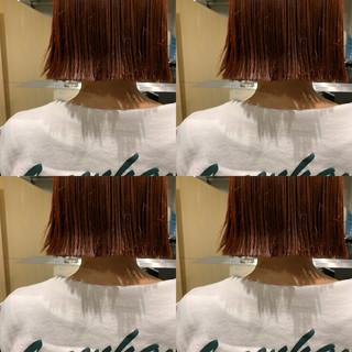 インナーカラー ミニボブ 切りっぱなしボブ モード ヘアスタイルや髪型の写真・画像