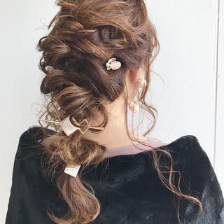 ナチュラル 結婚式 編み込み ヘアアレンジ ヘアスタイルや髪型の写真・画像