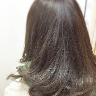 暗髪 アッシュ 外国人風 セミロング ヘアスタイルや髪型の写真・画像