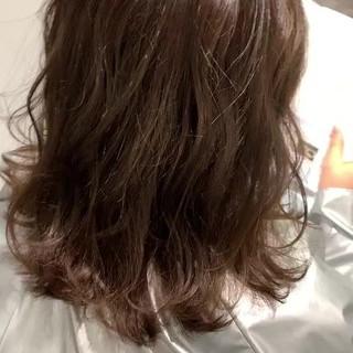 ミディアム 大人可愛い 大人カジュアル ニュアンスヘア ヘアスタイルや髪型の写真・画像