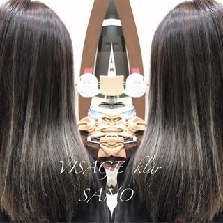 フェミニン グラデーションカラー ハイライト 透明感 ヘアスタイルや髪型の写真・画像