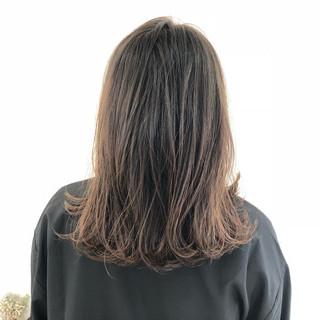 外国人風 ゆるふわ ロブ ラベンダーアッシュ ヘアスタイルや髪型の写真・画像