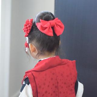 フェミニン ヘアアレンジ ミディアム お団子ヘア ヘアスタイルや髪型の写真・画像