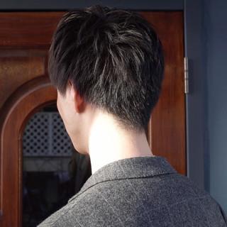 刈り上げ ツーブロック ナチュラル メンズショート ヘアスタイルや髪型の写真・画像