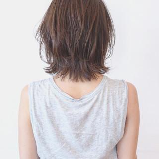 外ハネ 無造作 ボブ ストレート ヘアスタイルや髪型の写真・画像