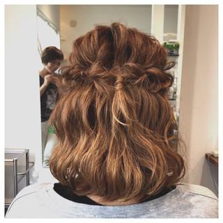 ナチュラル 簡単ヘアアレンジ くるりんぱ ミディアム ヘアスタイルや髪型の写真・画像 ヘアスタイルや髪型の写真・画像
