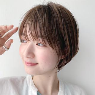 シースルーバング ナチュラル ショートヘア ショート ヘアスタイルや髪型の写真・画像